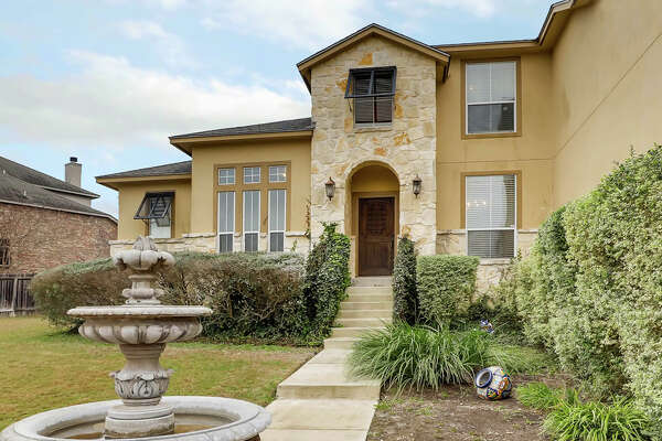 Sponsored by Amy Carter of Keller Williams San Antonio     VIEW DETAILS for 10 Impala Way, San Antonio, TX 78258    MLS: #1284288    CLICK HERE for Virtual Tour