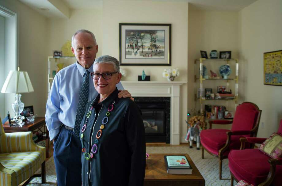 Fred Klein and his wife, Jill Klein, said they were ready to leave behind their house in Potomac, Md., to downsize and to shorten their commute, but the couple initially decided to rent a small apartment to determine whether full-time city living would appeal to them. Photo: Washington Post Photo By John McDonnell / The Washington Post