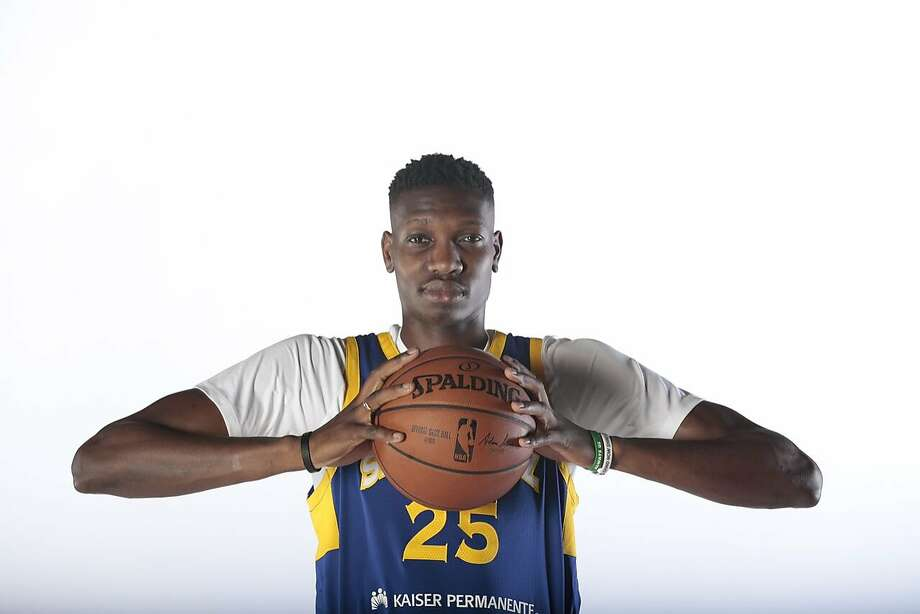 official photos 09856 94ff8 Chris Boucher 'excited' for opportunity with Warriors - San ...