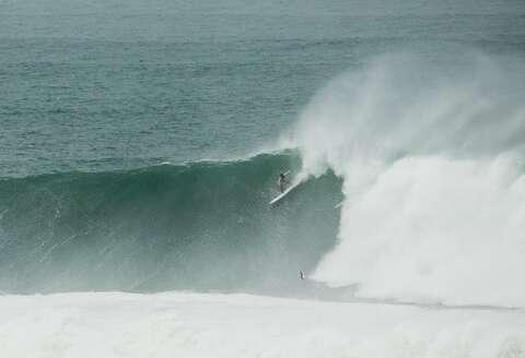 Monster Mavericks waves top 60 feet: 'You could die just
