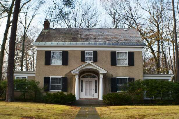 House of the Week: 1189 Lowell Rd., Schenectady | Realtor:   Brigitte Strelka of Berkshire Hathaway Home Services Blake  | Discuss:  Talk about this house