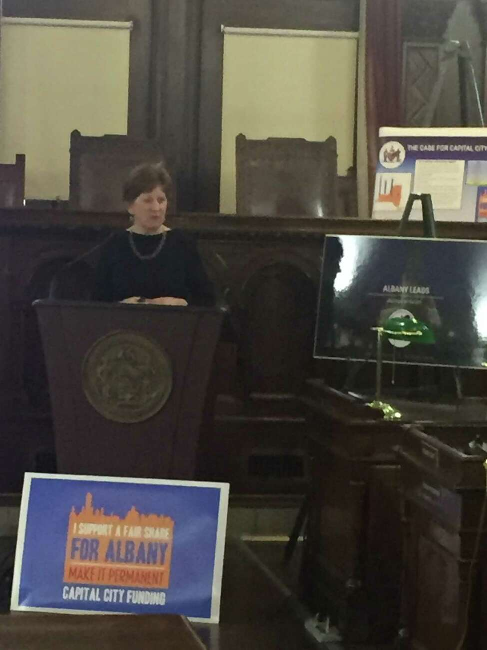Mayor Kathy Sheehan addresses the Albany Common Council on Jan. 18, 2018.