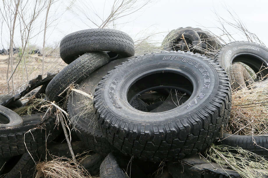 "In a special session two weeks ago, commissioners voted to retain the Austin-based law firm of Allison, Bass and Magee in an effort ""to pursue all legal remedies available to Hale County to prevent a tire dump in the Abernathy area of Precinct 2.""  Photo: Marvin Pfeiffer/San Antonio Express-News"