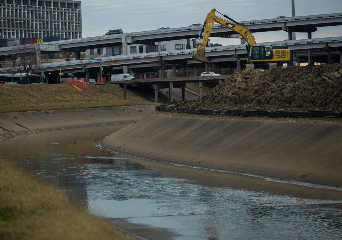 The U.S. Army Corps of Engineers' study would examine whether the Houston region's development sprawl has affected the risk of flooding downstream. The research would take three years to complete.