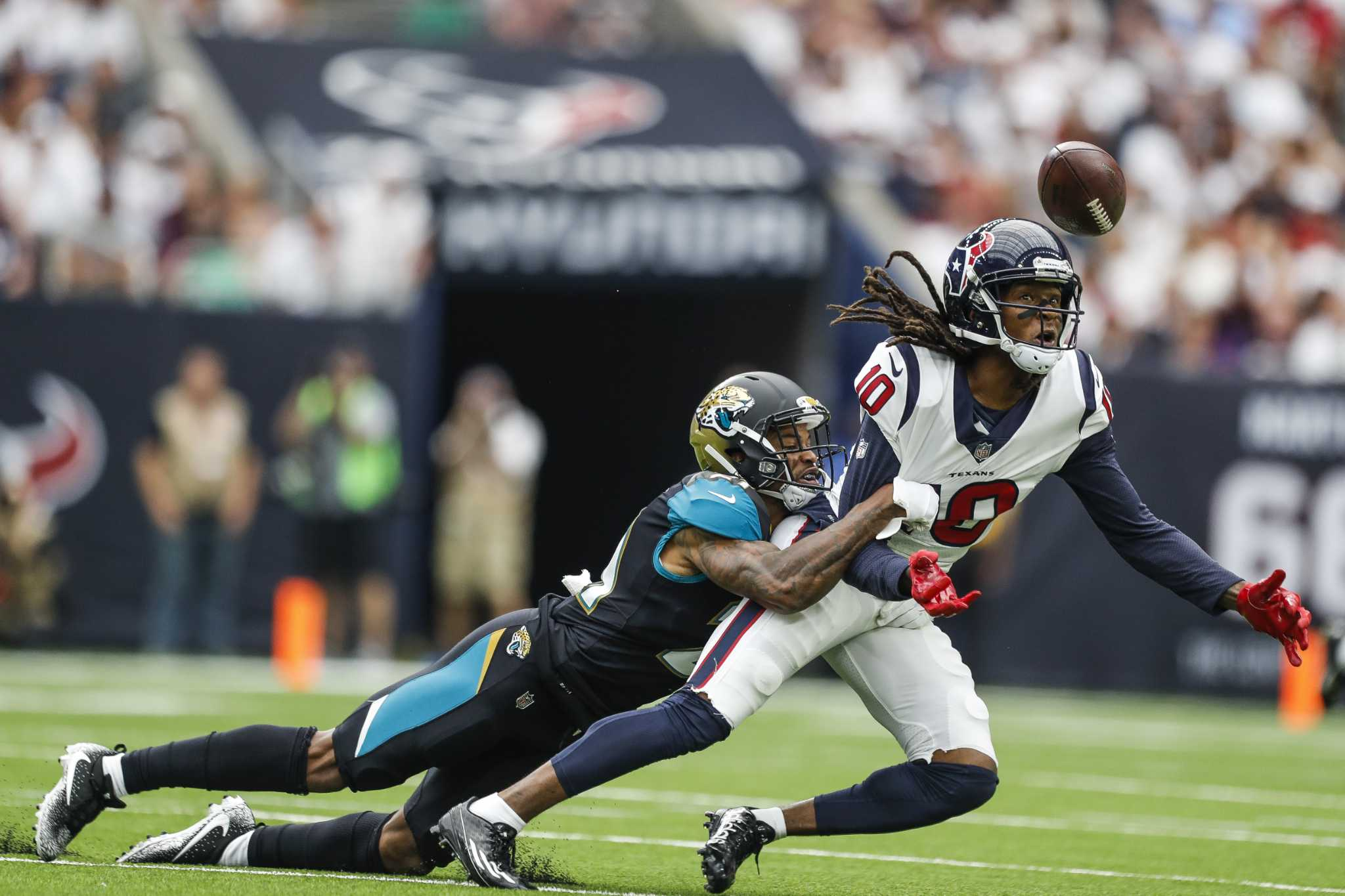 Move to Jaguars pays off in many ways for A.J. Bouye - HoustonChronicle.com e22f3b88b