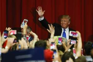 TOPSHOT - Republican presidential candidate Donald Trump waves to the crowd at a fundraising event in Lawrenceville, New Jersey on May 19, 2016.   / AFP / EDUARDO MUNOZ ALVAREZ        (Photo credit should read EDUARDO MUNOZ ALVAREZ/AFP/Getty Images)