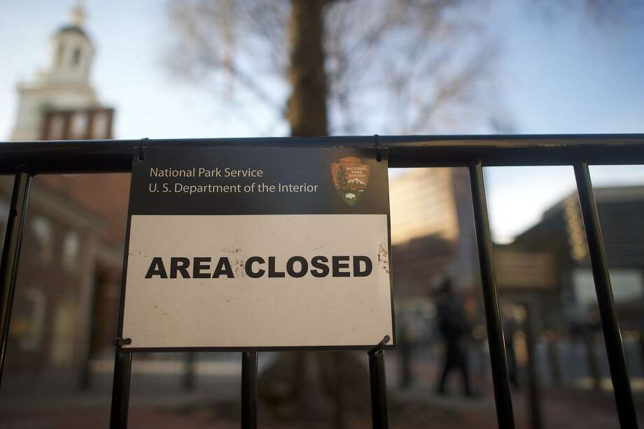 A sign posted in front of Independence Hall in Philadelphia during the three-day government shutdown. Photo: Mark Makela, Getty Images