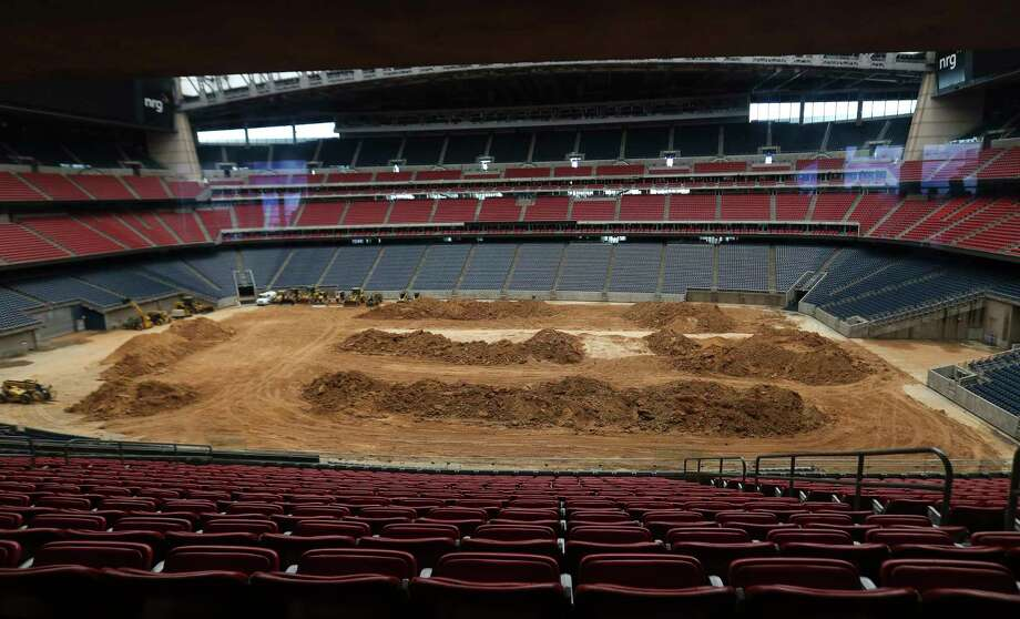 The NRG Stadium field will turn into a rodeo field in a little over a month on Saturday, Jan. 20, 2018, in Houston. ( Yi-Chin Lee / Houston Chronicle ) Photo: Yi-Chin Lee, Houston Chronicle / © 2018  Houston Chronicle