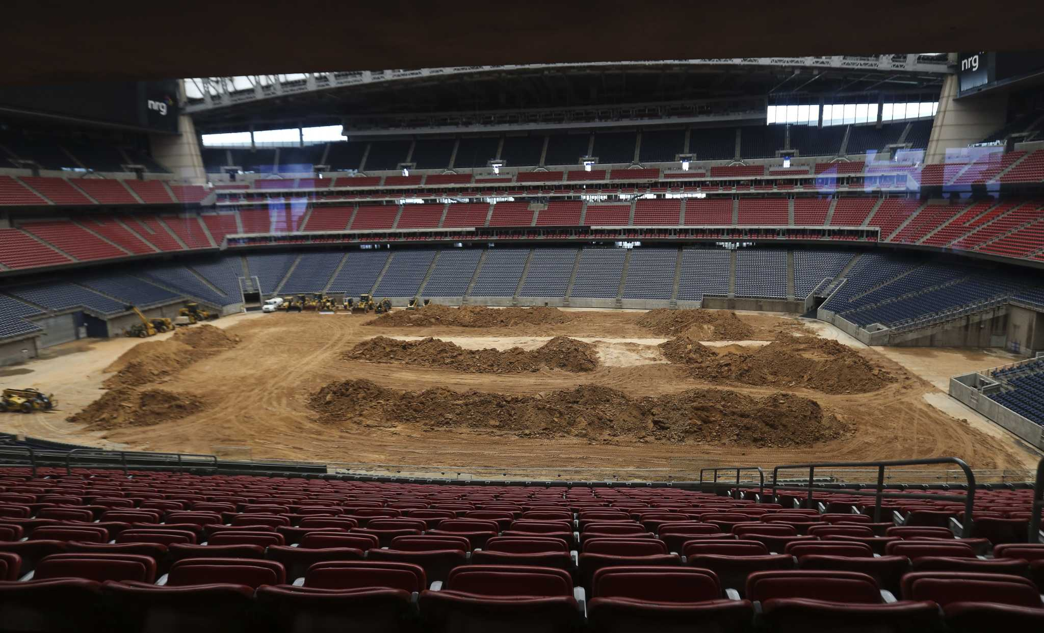 Rodeohouston Wrangles New Workers With Staff Scramble