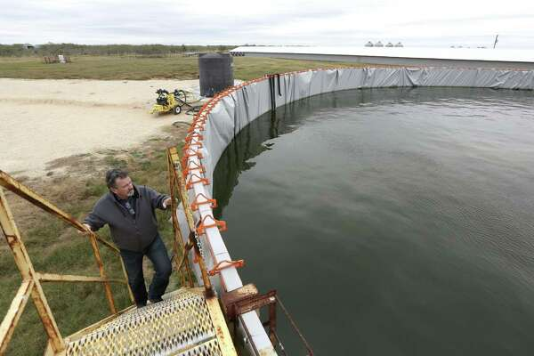 Water use skyrockets in oil and gas drilling in West Texas