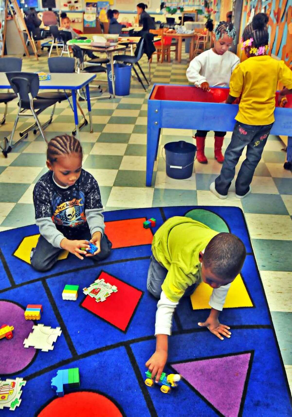 Giffen Memorial Elementary pre-kindergarten students in class. (John Carl D'Annibale / Times Union)