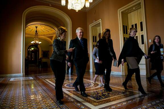 Senate Majority Leader Mitch McConnell (R-Ky.) on Capitol Hill in Washington, Jan. 21, 2018. Congress appeared to make little headway early Sunday toward ending a two-day-old government shutdown, trading blame as lawmakers reconvened for another rare weekend session. (Eric Thayer/The New York Times)