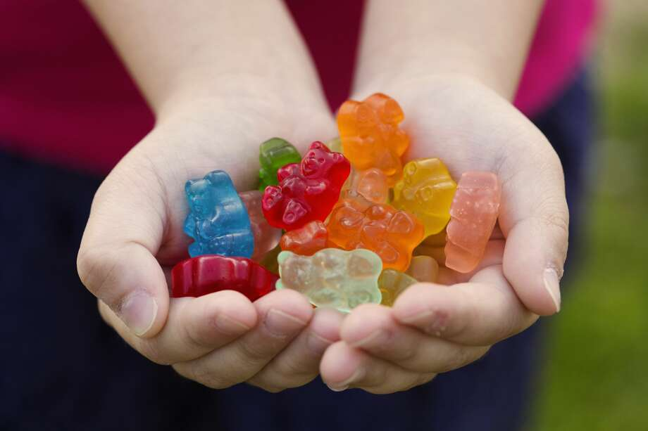 Fifth-grader thought she brought gummy candies to school, but they