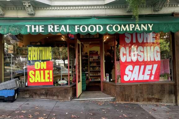 Real Foods Fresh Organics in Cole Valley (1032 Stanyan St. at Carl), soon to be closed.