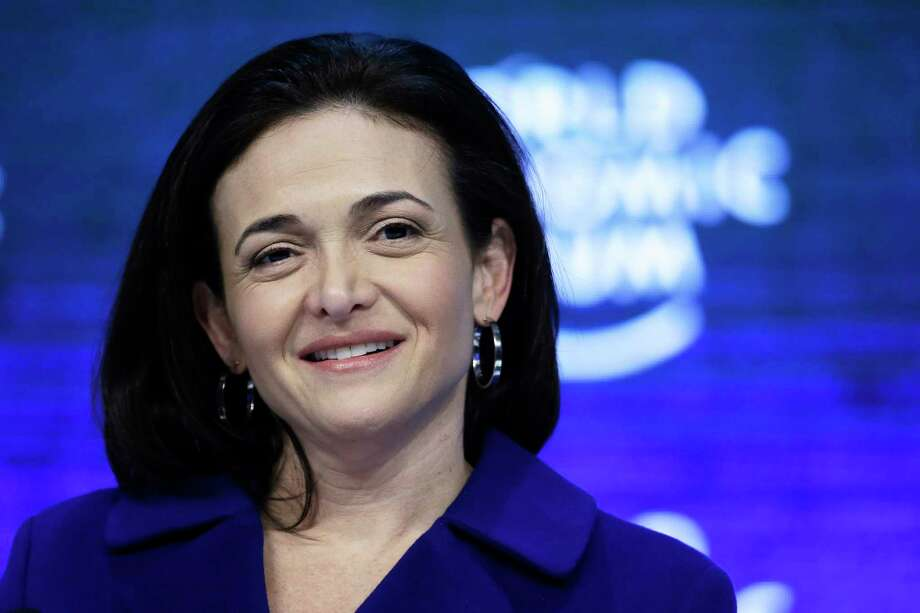 Facebook COO Sheryl Sandberg during a panel session at the World Economic Forum in Davos, Switzerland, on Jan. 22, 2016. Photo: Bloomberg Photo By Matthew Lloyd. / © 2016 Bloomberg Finance LP