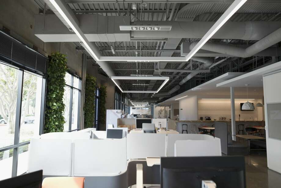 Why Big Corporations Are Making Moving Into Coworking Spaces