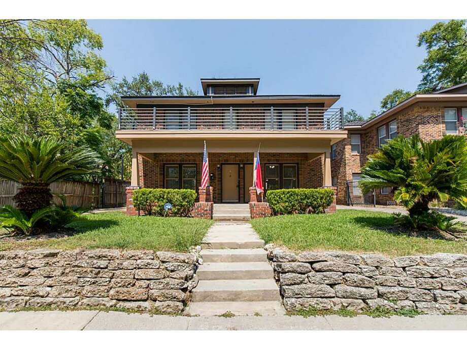 Montrose: 1338 W. Pierce, #1Price: $1,800 per monthSize: 2580 square feet Photo: Houston Association Of Realtors