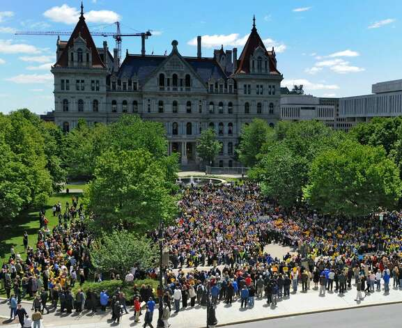 State workers rally in on the west side of the State Capitol in Albany on May 10, 2010.  (Skip Dickstein / Times Union) Photo: Skip Dickstein
