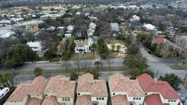 Newer, bottom, and original, top, housing stock can be seen Thursday, Jan. 18, 2018 in the Westfort area of San Antonio. The neighborhood is loosely bounded by Ft. Sam Houston to the east, Broadway to the West, Brackenridge Avenue to the north and Cunningham Avenue to the south.