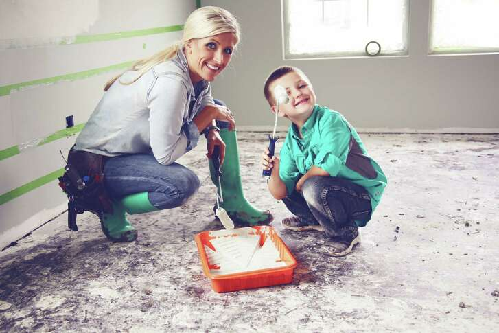 """Catrina Kidd of Weatherford, is one of the stars of """"Texas Flip N Move"""" on the DIY Network."""