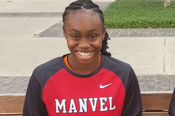 Manvel's McKinzie Green is this week's Chron's girls player of the week.