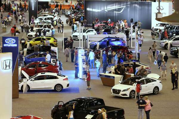 Dealers Hope Houston Auto Show Helps PostHarvey Sales Bump Grow - Auto show car sales