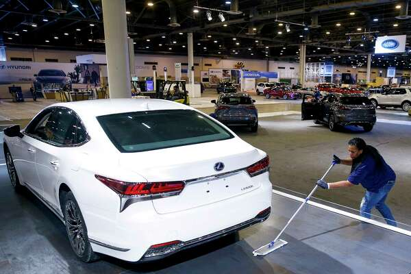 Dealers Hope Houston Auto Show Helps PostHarvey Sales Bump Grow - Houston car show 2018
