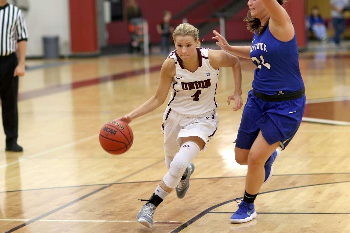 Shaker High School graduate Jenni Barra of the Union women's basketball team. (Courtesy of Union College Athletics)