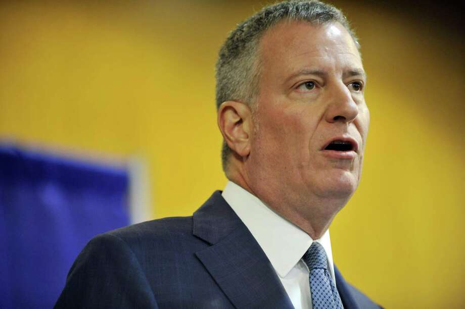 New York City Mayor Bill de Blasio talks to members of the media in 2016. New York City is joining a lawsuit against pharmaceutical companies over the opioid crisis. Photo: Albany Times Union / 10034991A