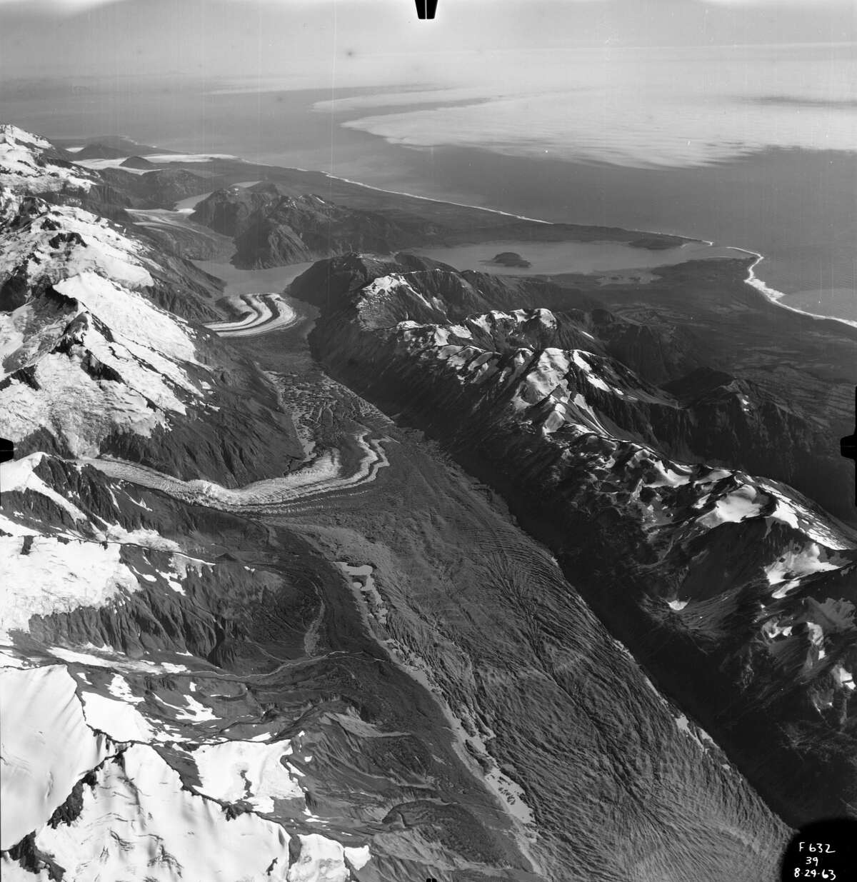 Lituya Bay earthquake1958Magnitude: 7.8 This quake in a fjord on the Alaskan panhandle triggered a massive rock slide in narrow Lituya Bay. The rock slide caused the largest tsunami in modern-day history, which killed five people.