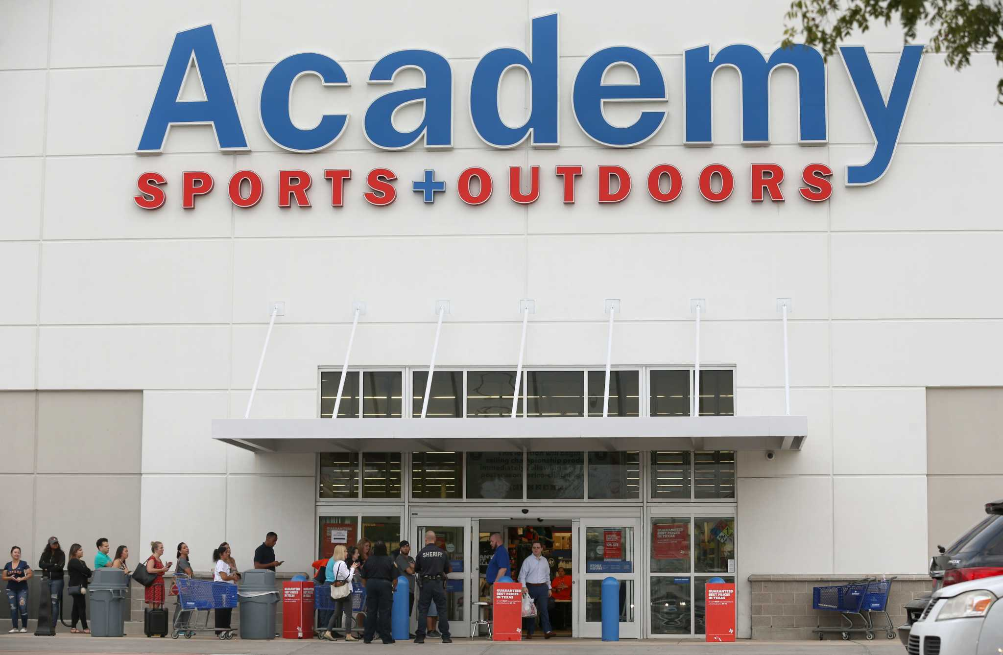 Academy Sports & Outdoors to lay off 57 drivers - SFChronicle com