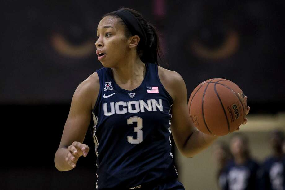 UConn's Megan Walker finished with 22 points, 5 assists and six rebounds in Sunday's 113-57 win over Temple in Philadelphia. Photo: Chris Szagola / Associated Press / FR170982 AP