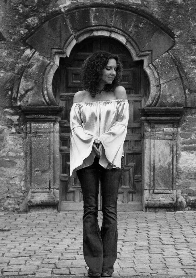 Singer-songwriter Lisa Morales Photo: Gabriella Micene, Photographer / El Ojo Photography2512 De Soto Dr   Austin, Tx 78733
