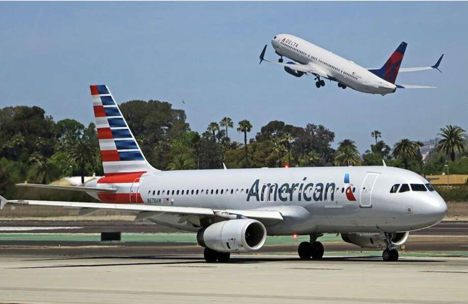 American, Delta Air to revive deal to fly stranded passengers