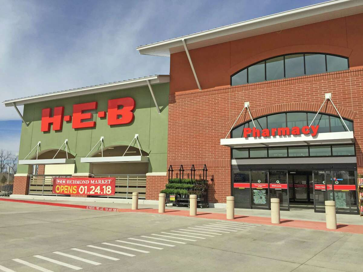 The H-E-B Richmond Market will officially opened to the public at 6 a.m. Wednesday, Jan. 24. The 100,000-square-foot store carry selections of local favorites such as fresh produce, dairy, flowers and herbs; H-E-B Organics and other grocery items, like wine, Central Market products and H-E-B�'s unique line of Primo Picks.