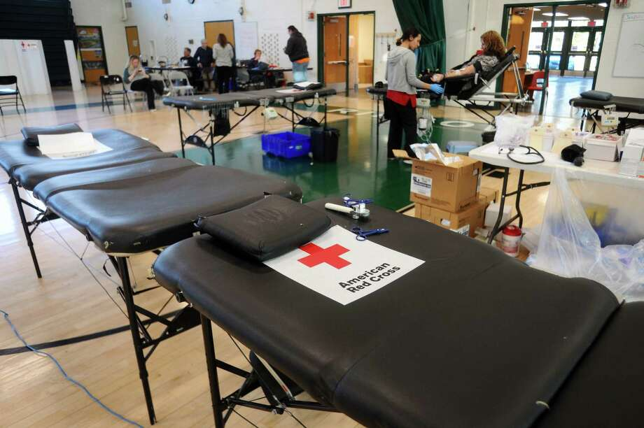The American Red Cross has issued a call to action amid a nation-wide shortage in blood donations. They are even offering donors Amazon gift cards.>>Our terrifying future as told through Amazon patents Photo: Michael Cummo, Hearst Connecticut Media / Stamford Advocate