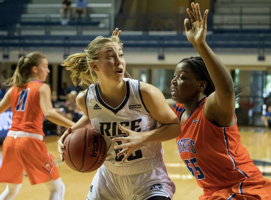 Rice basketball player Nicole Iademarco, a 2014 graduate of The Woodlands High School. Photo: Rice Sports Information, Contract Photographer / Lysaker Photography