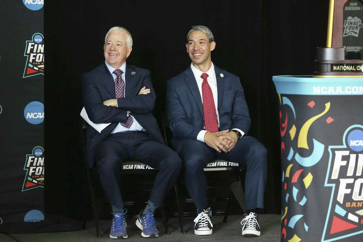 Mayor Ron Nirenberg sits with NCAA basketball committee chairman Bruce Rasmussen as leaders gather at Higgs Carter & King School gymnasium to announce key details for the NCAA Final Four Legacy Project on January 24, 2018.