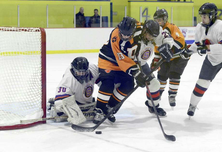 Ridgefield Girls Hockey Blanks Sws 3 0 Stamfordadvocate