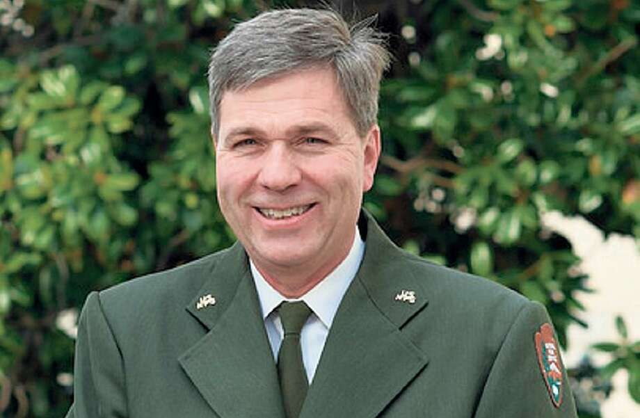 Michael T. Reynolds will head Yosemite after being moved from the top Park Service post.