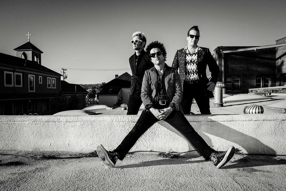 Green Day rocks Hartford'sXfinity Theatre on Tuesday, Aug. 29.