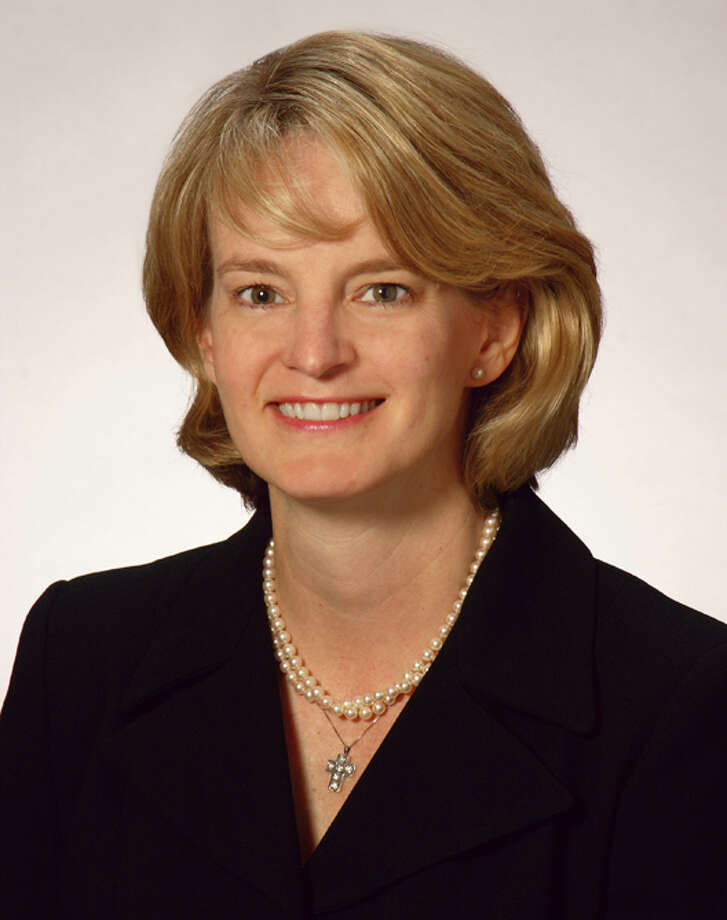 Laura Edrington has been named Houston office managing partner. Locke Lord. Edrington, chair of the firm's corporate trust practice group and member of the firm's board of directors, will lead more than 130 lawyers in Houston.