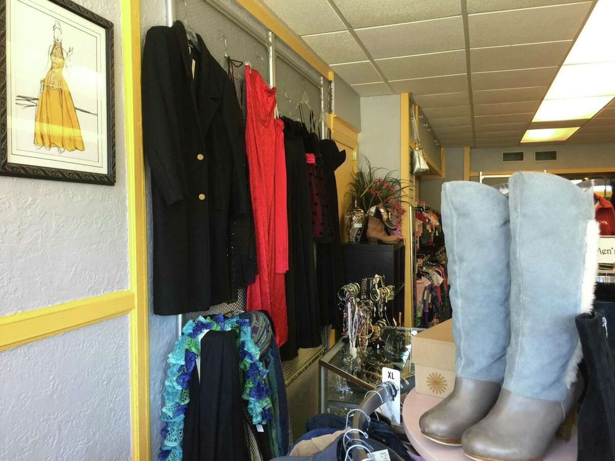 Owner and Torrington native Allyson Kittredge held a ribbon-cutting ceremony at LA Consignment's new location, 630 Main St., with Mayor Elinor Carbone and other city officials Thursday.