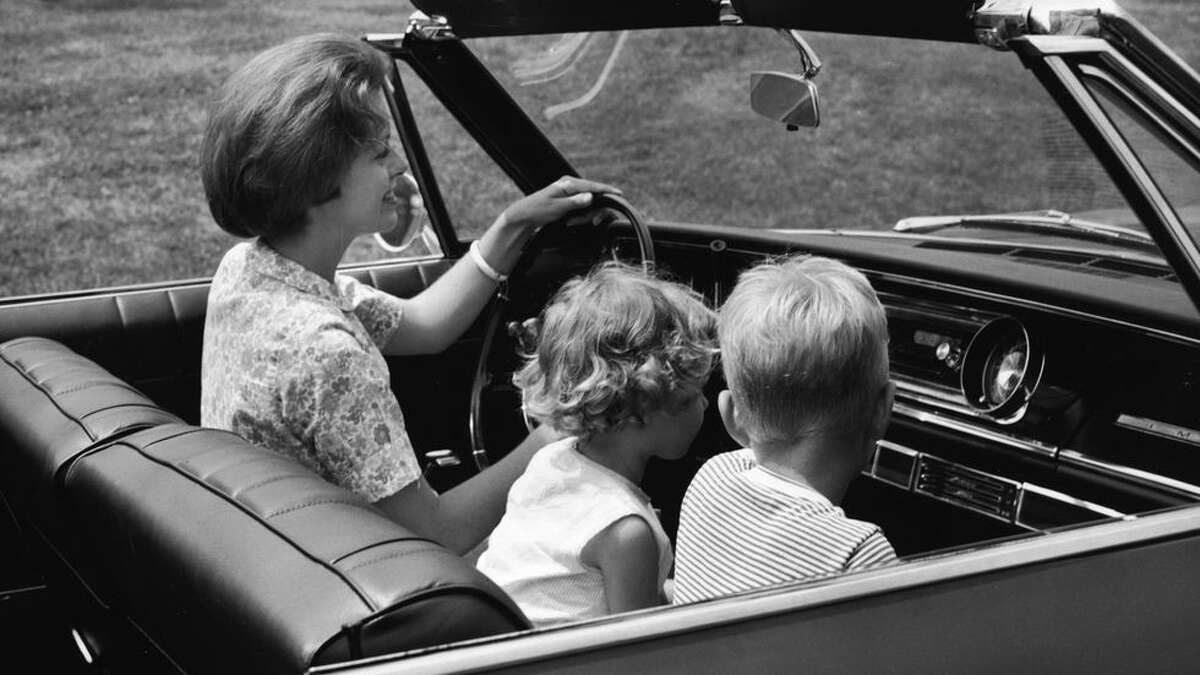 2) Crummy Car Seats and Seat Belts Little kids would sit in the passenger seat without a seatbelt. The