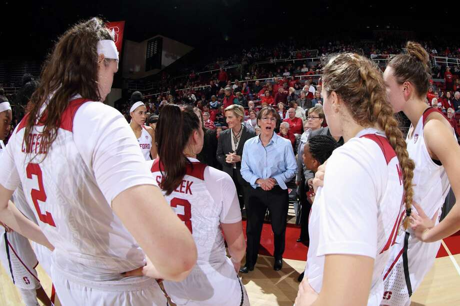 Head coach Tara VanDerveer addresses the Stanford Women's Basketball during a game against Washington State at Maples Pavilion in Stanford, CA on January 12, 2018: Photo: Bob Drebin / Bob Drebin / Isiphotos.com / Bob Drebin / isiphotos.com