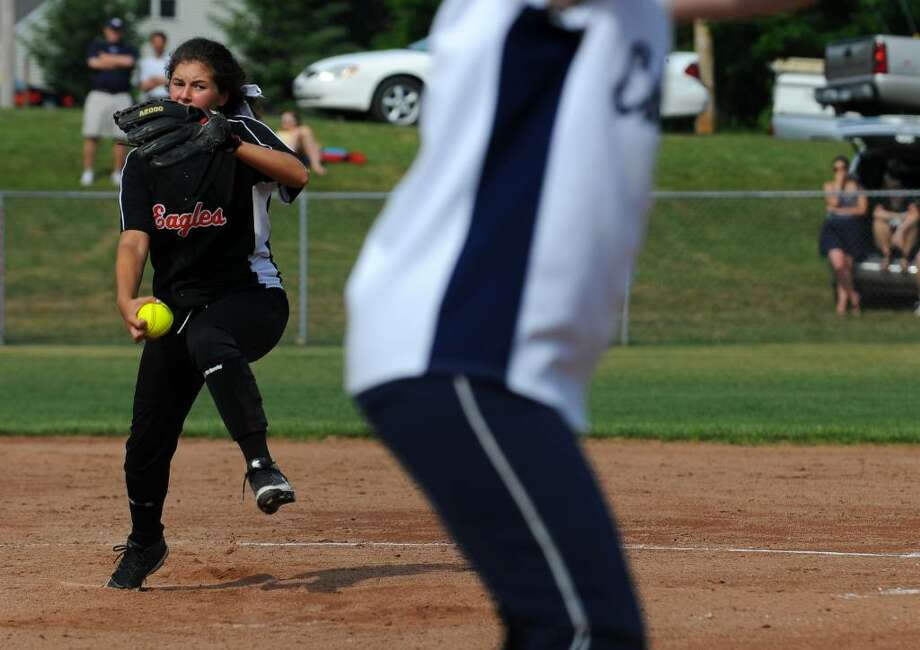 Bethlehem's Toni Edwards pitched a complete game during their 3-1 victory over Columbia. ( Philip Kamrass / Times Union) Photo: PHILIP KAMRASS
