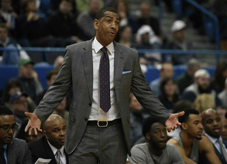 Kevin Ollie's UConn Huskies are struggling through a difficult season on the court. An NCAA investigation is making the season more difficult off the court. Photo: Jessica Hill / Associated Press / AP2018