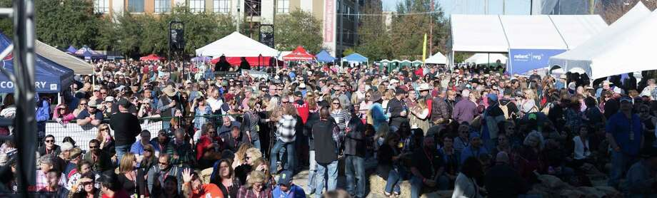 The 2018 Karbach Cookoff, sponsored by Karbach Brewing Company and the Robert Garner Firefighter Foundation, will be held Feb. 10 at 801 Saint Emanuel in EaDo. All proceeds will support the Houston Fire Department. Shown: Scenes from 2017 cookoff. Photo: Karbach Cookoff