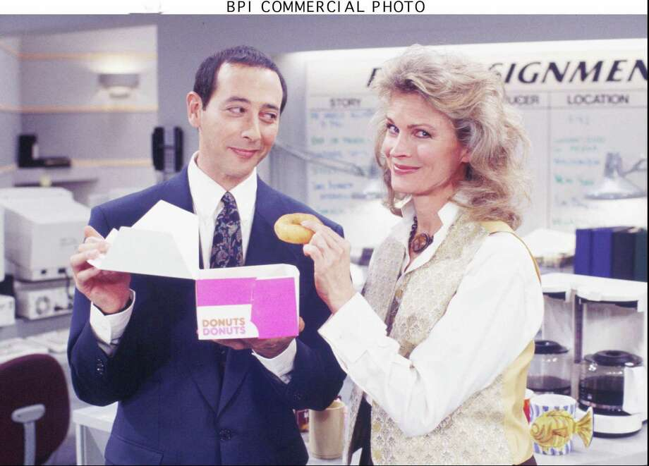 "Candice Bergen, shown with guest star Paul Reubens in ""The Good Nephew"" episode of ""Murphy Brown"" in 1995, will reprise her role as the title character on CBS. Photo: RANDY TEPPER / WARNER BROS. TV"