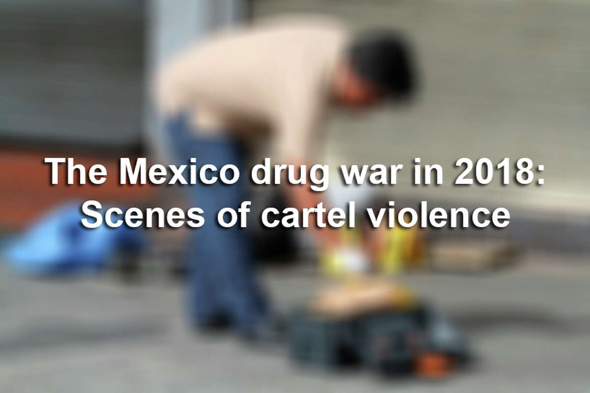 WARNING: GRAPHIC CONTENT. Several images in this slideshow may be inappropriate for some viewers. Nearly 19,000 people were killed due to organized crime in Mexico in 2017, the most violent year in twenty years, according to a report revealed in January 2018 by the Mexican NGO Semaforo Delictivo. And the bloodshed appears to be continuing into 2018.